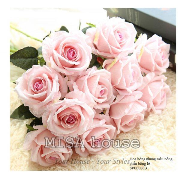 Cành hoa hồng nhung – hoa cao cấp màu hồng phấn nhẹ nhàng 02