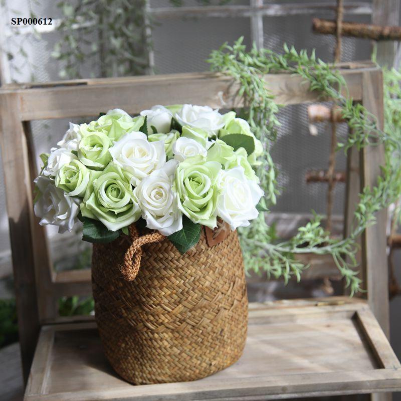 Bó hoa hồng giả màu xanh đẹp độc đáo trang trí nhà đẹp ngày tết