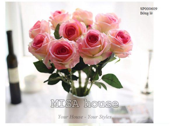 Cành hoa hồng nhung – hoa cao cấp màu hồng tươi rực rỡ