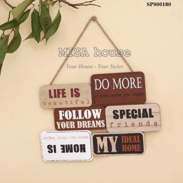 Bảng gỗ phong cách vintage treo tường câu nói về tình yêu gia đình
