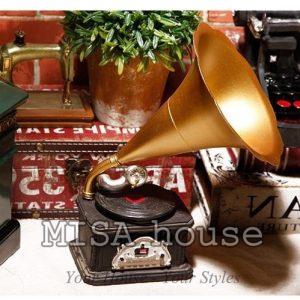 Mô hình Loa phát nhạc giả cổ vàng - đồ trang trí phong cách vintage đẹp thuận tiện trang trí tủ kệ quán cafe, trà sữa