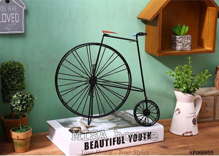 Mô hình xe đạp cách điệu trang trí – đồ trang trí phong cách vintage độc đáo