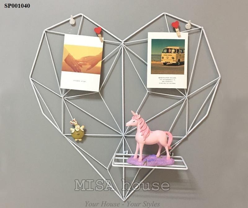 Trái tim sắt khung treo ảnh trang trí màu trắng trang trí nhà, phòng khách, trang trí bàn làm việc