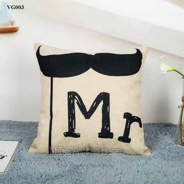 Vỏ gối sofa trang trí ghế sofa phòng khách hình Mr và râu cách điệu