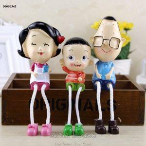 Bộ gia đình 3 người ba đầu nhỏ con đầu to trang trí tủ kệ đẹp
