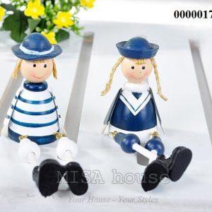 Bộ 2 bé lính hải quân gỗ ngồi trang trí phong cách biển địa trung hải