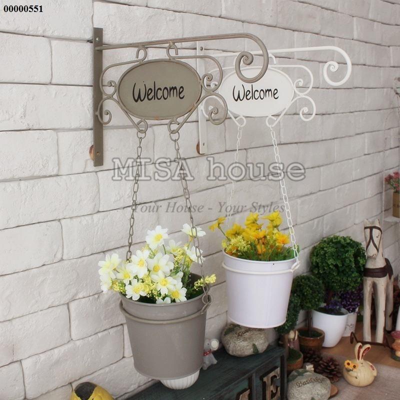 Giỏ hoa welcome trắng treo tường trang trí siêu đẹp