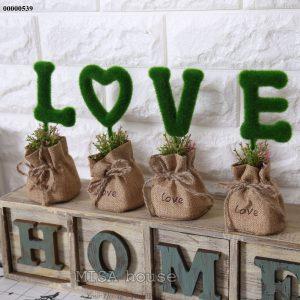 Bộ chữ LOVE để bàn - trang trí phòng khách, tủ kệ