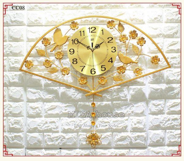 Đồng hồ treo tường quạt vàng trang trí phòng khách