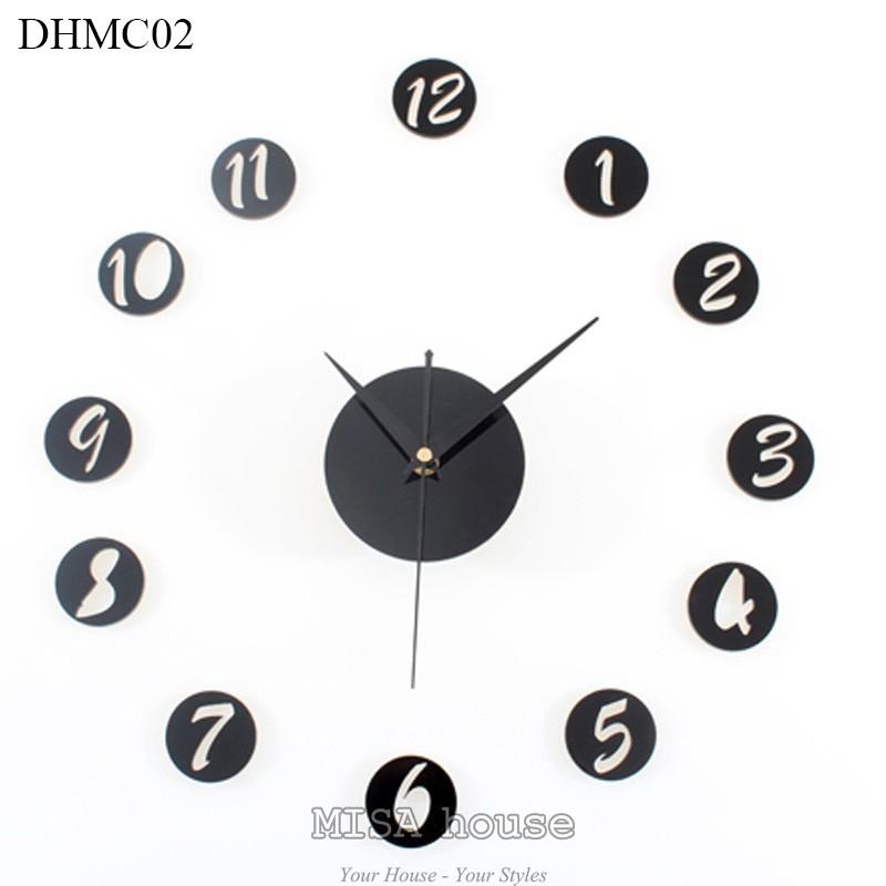 Đồng hồ mica dán tường trang trí phòng số đơn giản màu đen