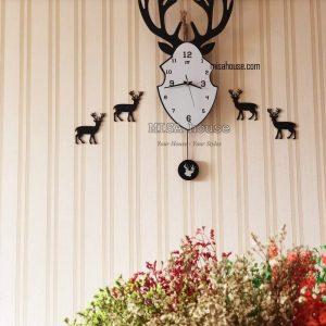 Hình thật khách review cho đồng hồ treo tường đầu hươu quả lắc hiện đại - đồ trang trí decor độc đáo