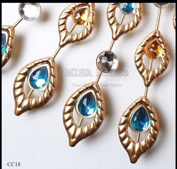 Đồng hồ chim công vàng trang trí đẹp – quà tặng tân gia cao cấp
