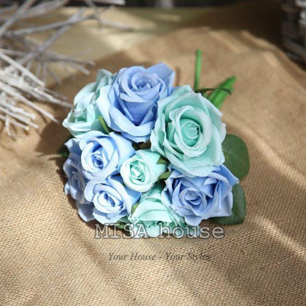 Bó hoa hồng trang trí tiệc màu xanh trời và xanh lá- hoa giả trang trí