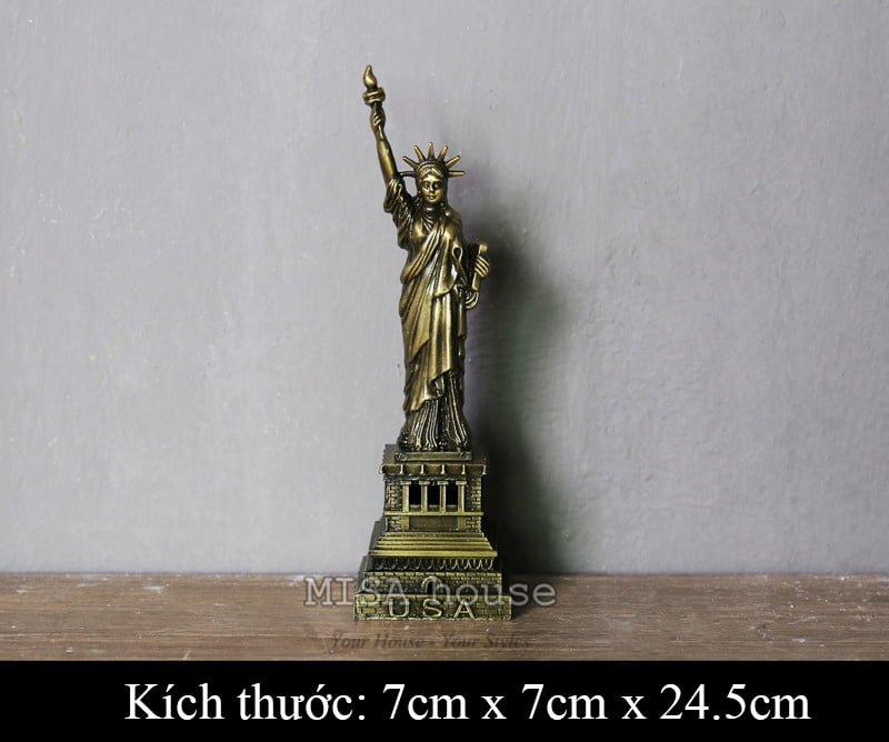 Tượng nữ thần tự do bằng sắt trang trí phong cách vintage
