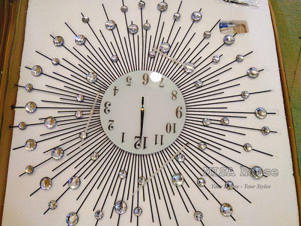 HÌnh thực tế của đồng hồ treo tường đẹp hình mặt trời đen 75cm đồng hồ đẹp giá rẻ quà tặng tân gia tphcm