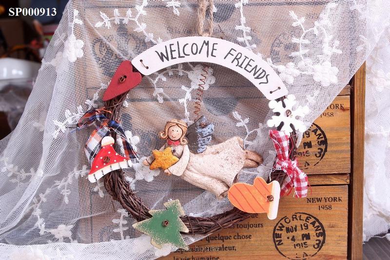 Bảng welcome treo cửa hình thiên thần trang trí cửa – bảng chào đẹp