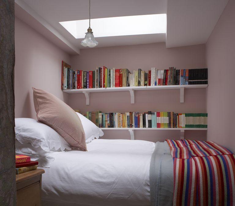 Những mẫu phòng ngủ màu trắng tạo không gian ngủ thoải mái