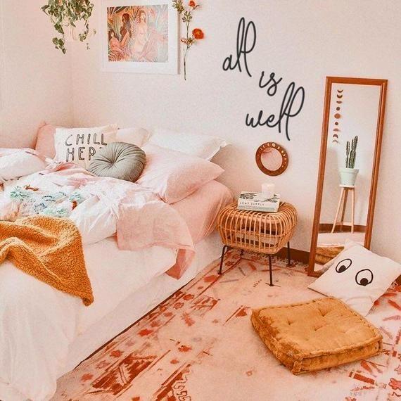 Cách thiết kế mẫu phòng ngủ màu trắng pha hồng cho bạn nữ cute dễ thương